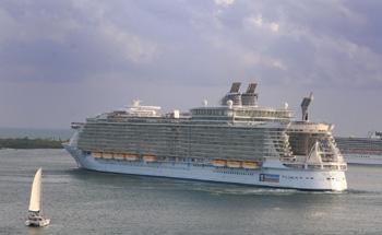 夢とロマンの船旅-クルーズ考