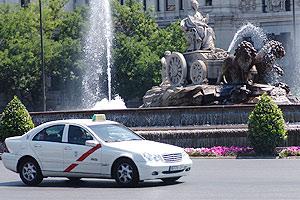 マドリッド市内のタクシー新料金 (2011年12月12日より)
