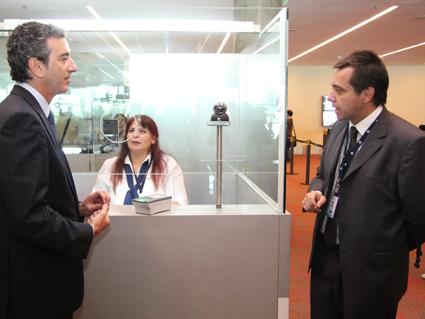 一部の空港・港で「新出入国管理...