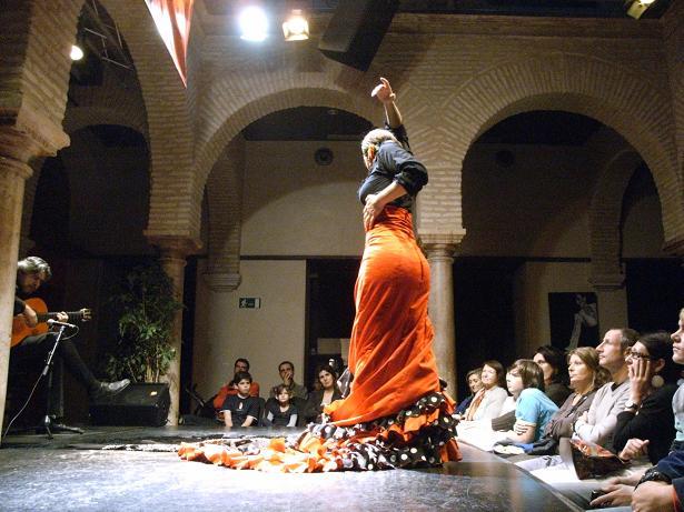 2年に1度のフラメンコの祭典「ビエナル・デ・フラメンコ」