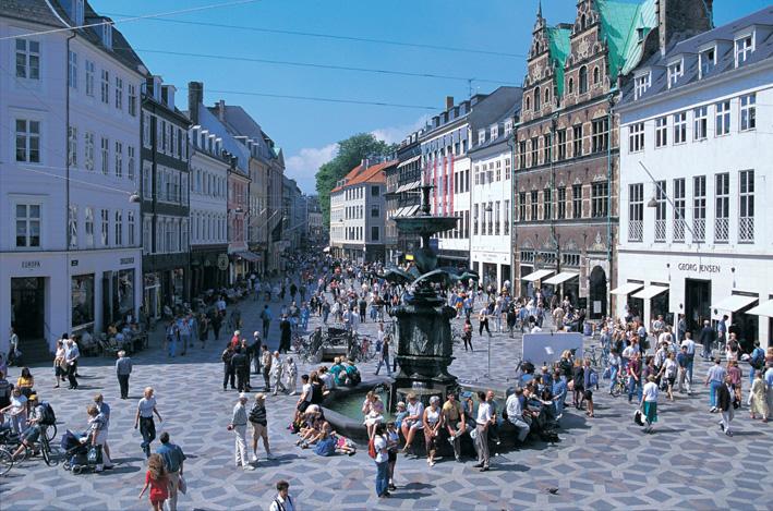 コペンハーゲンの「ストロイエ」が50周年記念