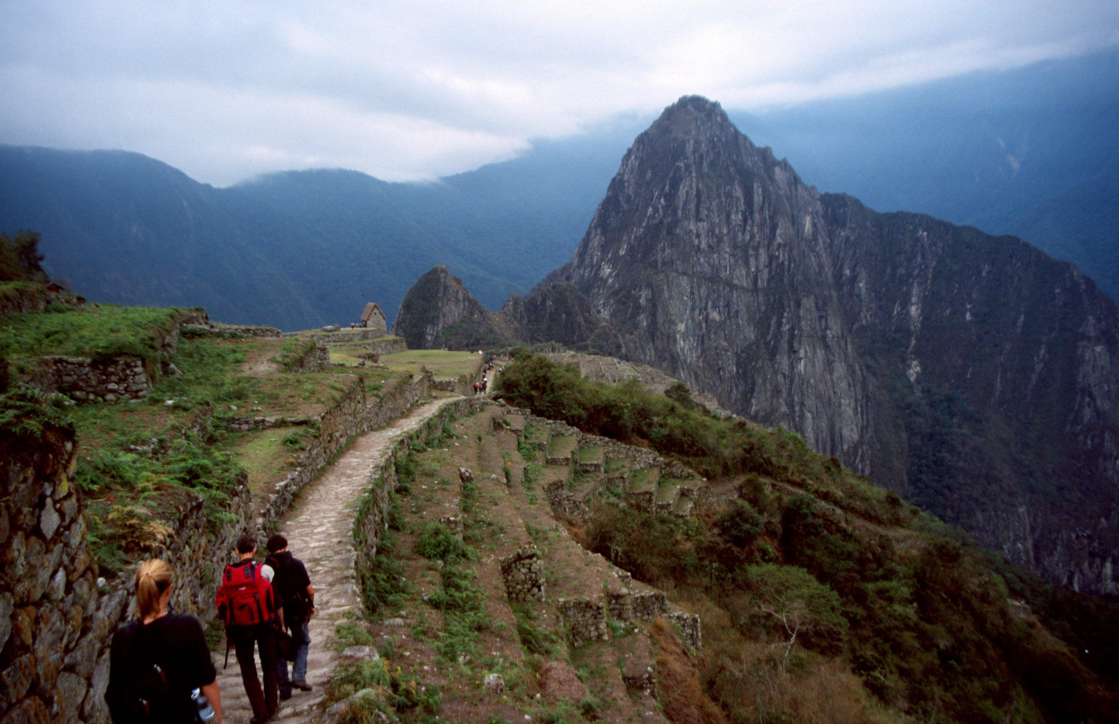 クスコ、マチュピチュの「インカ道」が一時クローズ