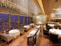 夜景の見える中国料理レストラン「スカイ・クリスタル」