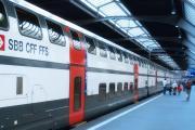 スイス連邦鉄道とスターバックスのコラボ列車が走る!