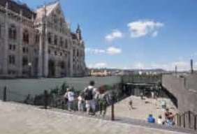 ハンガリー国会議事堂のビジターセンターが開設