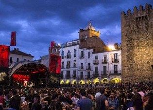 無料で楽しめる音楽イベント!カセレスの「WOMAD フェスティバル」