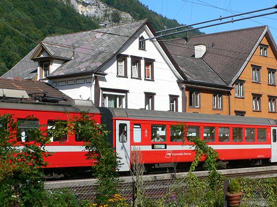 スイス・フラン高でスイス区間乗車券が値上がり