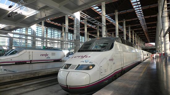 スペイン国鉄の子供用無料チケットの発券に関する注意