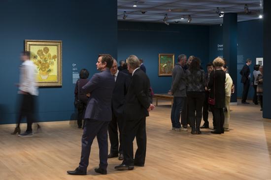 2016年、ゴッホ美術館所蔵「ひまわり」の展示について