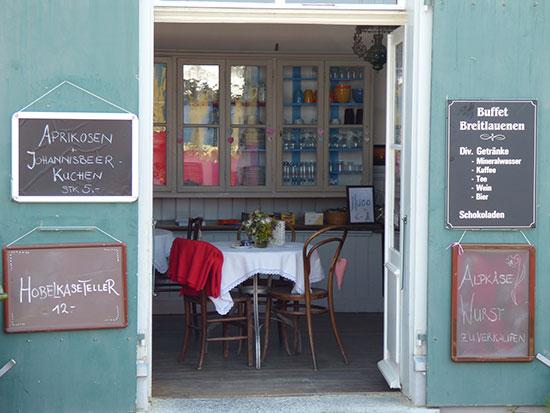 ブライトラウエネン駅のカフェ