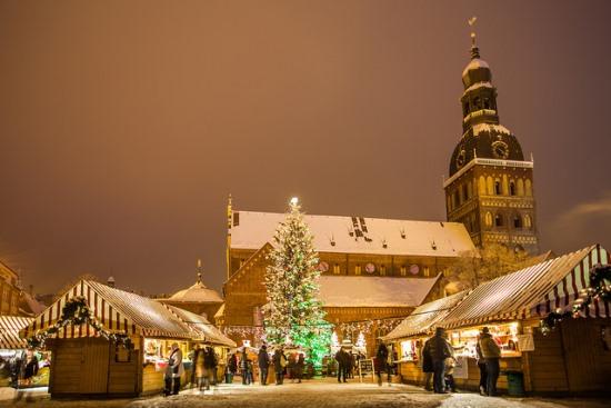 リガ旧市街のクリスマスマーケット