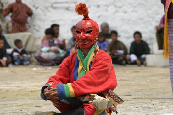 ブータン東部で盛大なツェチュ祭「タシガン」が開催