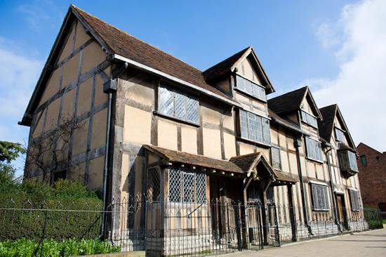 ロンドンを起点に A. クリスティとシェイクスピアゆかりの地を訪ねる