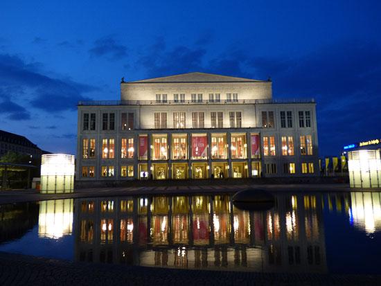 ライプツィヒでモーツァルトの『魔笛』と『フィガロの結婚式』を上演