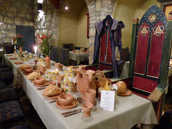 王家のテーブル