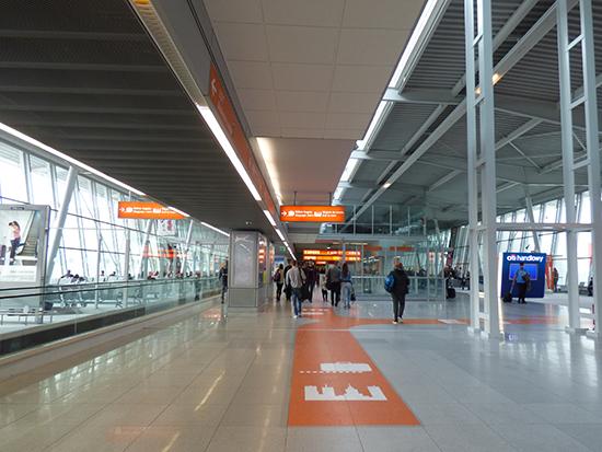 ワルシャワ空港