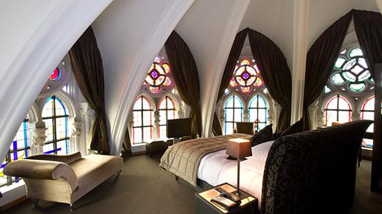 メッヘレン郊外のお洒落な修道院ホテル「マーティンス・パーテルスホフ」