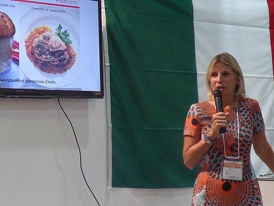 ミラノ市観光局長のロベルタ・グアイネーリ