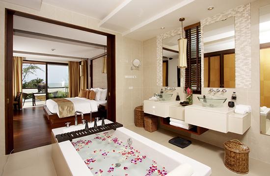 Moevenpick-Resort-Bangtao-Beach-Phuket