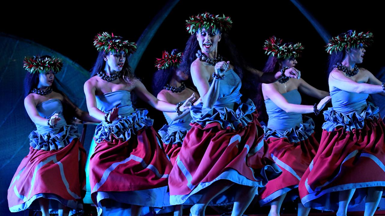 魅惑のショー「カ・ヴァア:ルアウ・アット・アウラニ」がいよいよスタート!