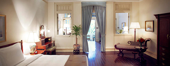 Raffles Singapore Guestroom
