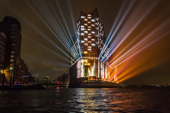 Elbphilharmonie_Hamburg_Opening photo Ralpf Larmann