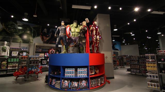 ラスベガスに世界最大級の「Marvel Retail Store」がオープン!