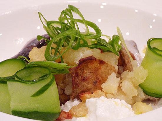 エストニア農業省、「四季の旅 エストニア」と題したコース料理の試食会を開催