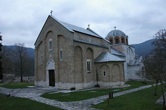 ストゥデニツッア修道院の教会外観