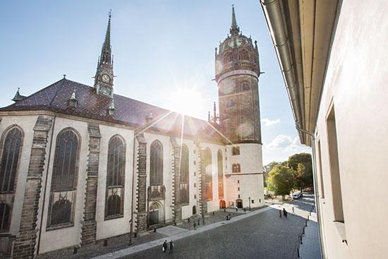 世界遺産の城教会でオルガン体験
