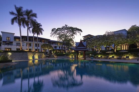 Chiva-Som-Pool-û-Resort-View-H
