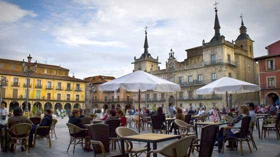 スペインのレオンで美食と歴史遺産を満喫する