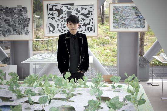 パリで日本の若手建築家、石上純也の個展 『自由な建築』 が開催中