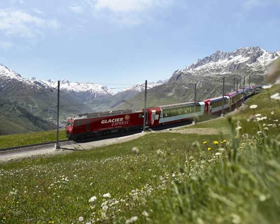 氷河特急ツアー&Grand Train Tour of Switzerland で車内ランチが無料に?!