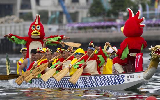 ドラゴンボートレースや音楽などイベント満載の3日間! 香港の端午節「香港ドラゴンボート・カーニバル」を体験する