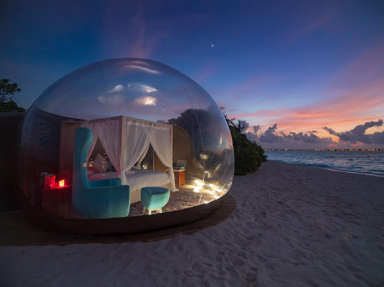 Finolhu Beach Bubble Tent 02