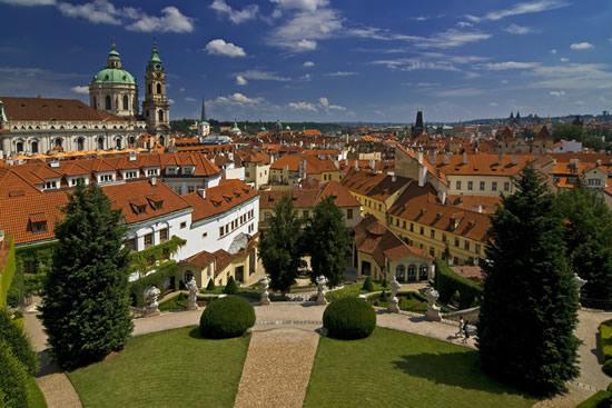 2018年11月よりチェコ共和国でのワーキングホリデープログラムがスタート
