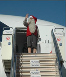 12月5日、サンタクロース・ファウンデーション公認のサンタクロースが関西国際空港に登場!