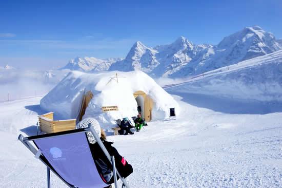 シルトホルンに冬季限定の「イグルーレストラン」がオープン!