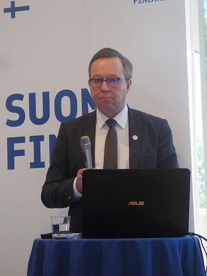 FI-Minister_Mika-Lintila