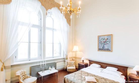 ラトビアを代表するマナーハウスに泊まる「ビリーニカッスル ホテル」
