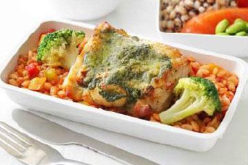 シンガポール航空、2019年7月よりエコノミークラスの機内食でスーパーフードを提供