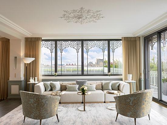 ドーチェスターコレクション パリの「ル・ムーリス」29室を改装