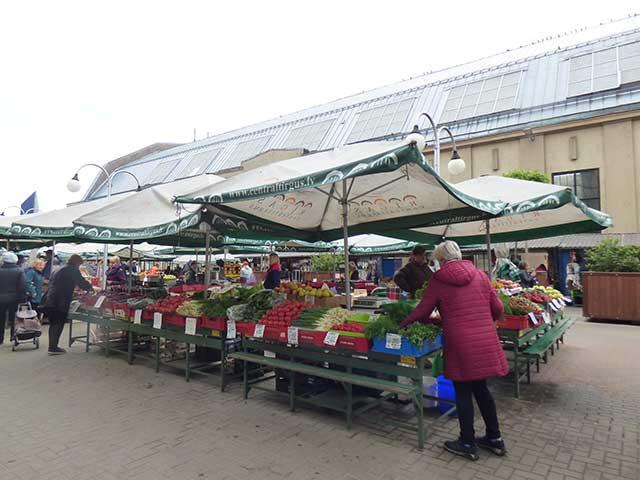 Riga_Central-Market06