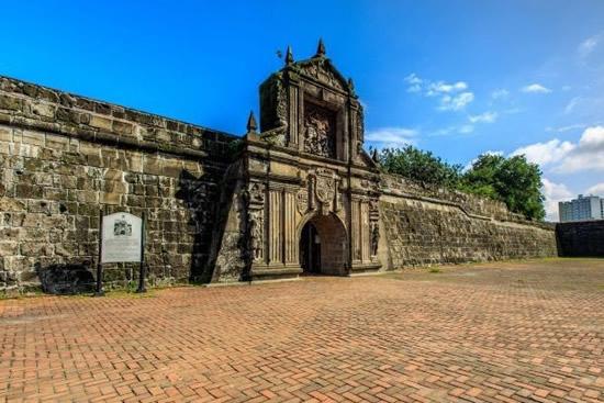フィリピン政府観光省、マニラの城壁都市イントラムロスを「持続可能な創造的都市遺産地区」に認定