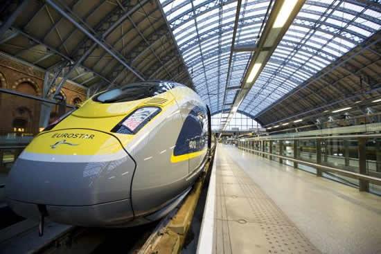4月30日より「ユーロスター」アムステルダム発ロンドン行の直行便が運行開始