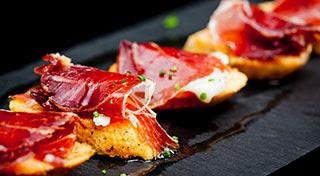 本場スペインで<とっておきのタパス>が味わえる12のエリア