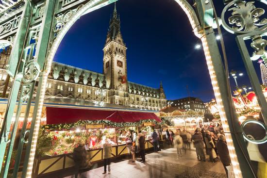HH_Rathaus_Weihnachtsmarkt