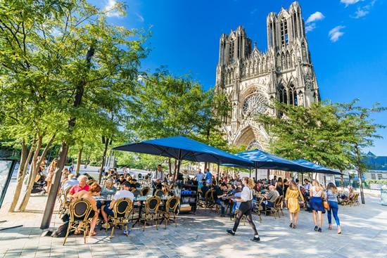 今夏限定!歴代フランス王戴冠の地ランスでゴージャスな観光キャンペーンを実施