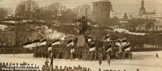Estonia30_1